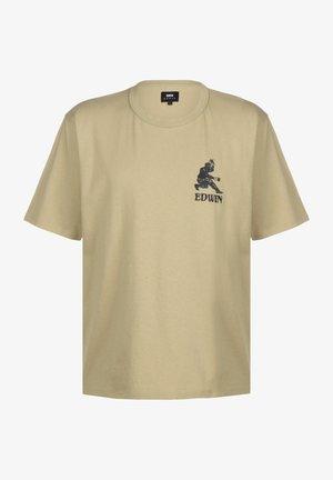 Print T-shirt - sponge garment washed