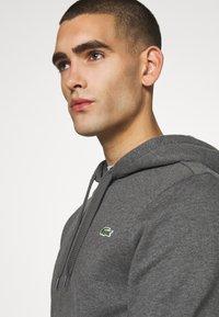 Lacoste Sport - CLASSIC HOODIE - Bluza z kapturem - pitch chine/graphite sombre - 3