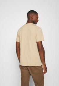 Lyle & Scott - T-shirt - bas - sand storm - 2