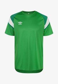 Umbro - Print T-shirt - tw emerald / lush meadows / brilliant white - 0