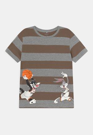 NMMSPACEJAM - T-shirt z nadrukiem - grey melange