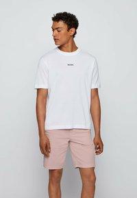 BOSS - Basic T-shirt - white - 0