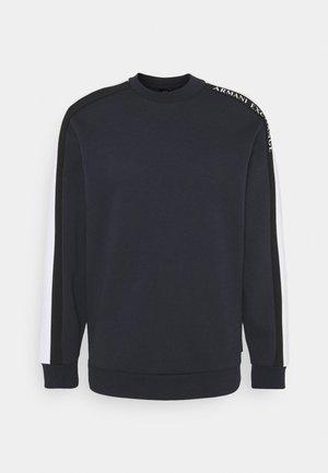 Top sdlouhým rukávem - navy/white/black