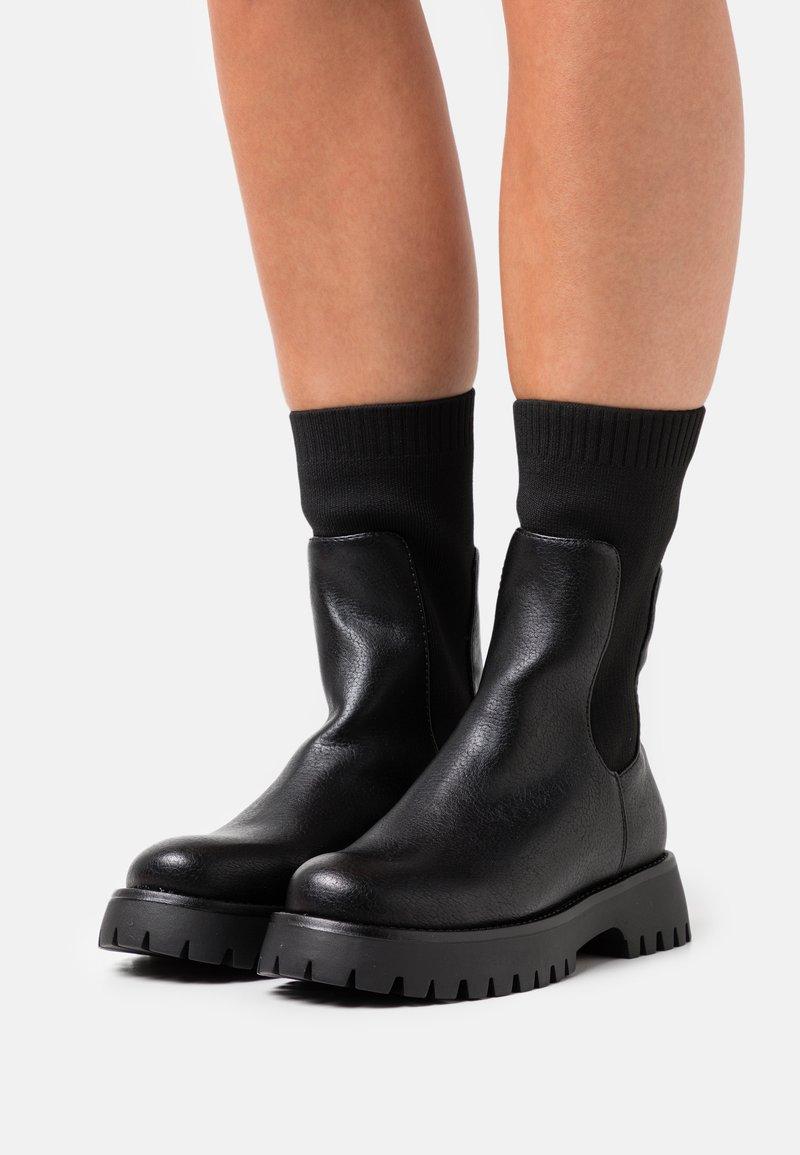 Call it Spring - VEGAN KELSEYY - Platform boots - black