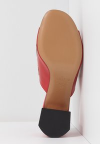 Mulberry - Heeled mules - rosso/nero/riso - 6