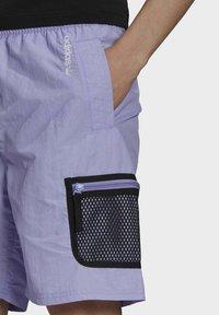 adidas Originals - Shorts - purple - 3