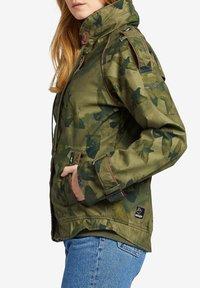 khujo - STACEY - Light jacket - khaki gemustert - 2