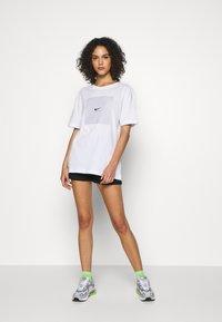 Nike Sportswear - Shorts - black/white - 1
