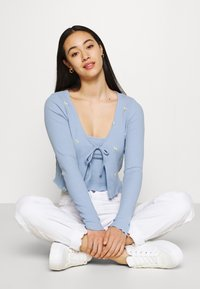 Cotton On - VIOLETTA TWIN 2-IN-1 - Top - amy embroidery blue - 3