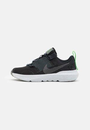 CRATER IMPACT UNISEX - Sneakers laag - black/iron grey/off noir/dark smoke grey/mean green/white