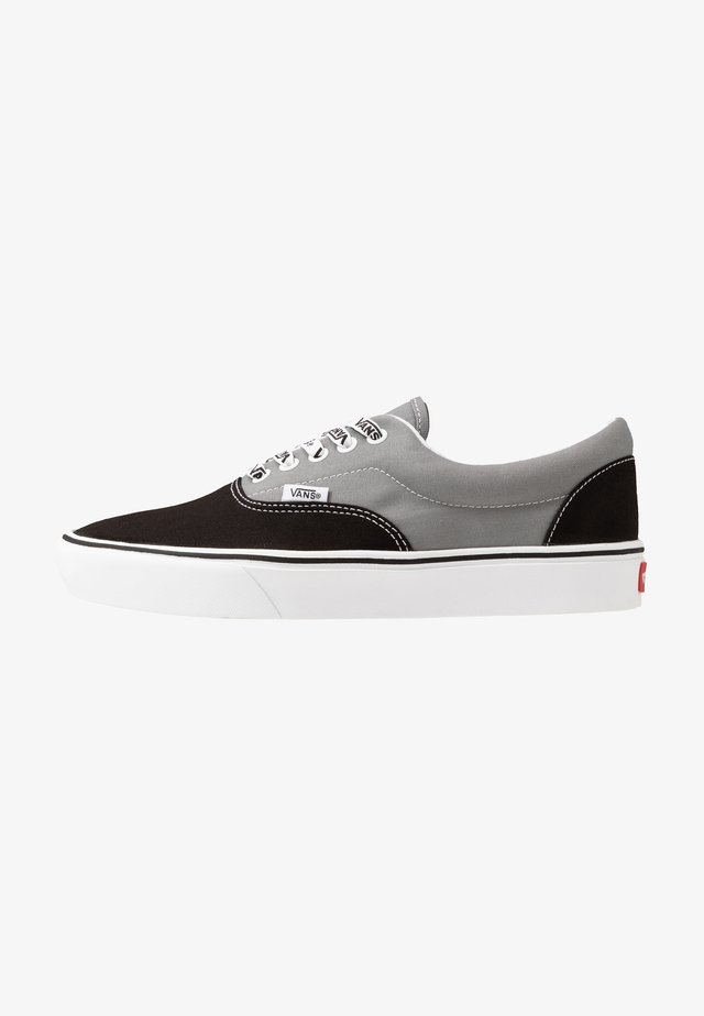 COMFYCUSH ERA - Skate shoes - black/frost