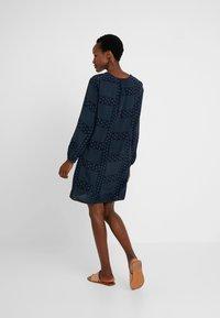 Marc O'Polo - DRESS EASY STYLE GATHERING - Denní šaty - combo - 2