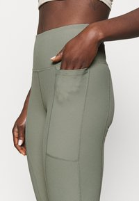 Cotton On Body - POCKET 7/8 - Medias - basil green - 6