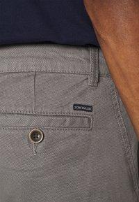 TOM TAILOR - Shorts - castlerock grey - 3