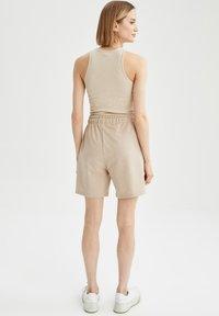 DeFacto - Shorts - beige - 1