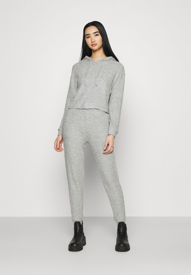 COSY BRUSHED JOGGER AND HOODY SET - Trui - grey