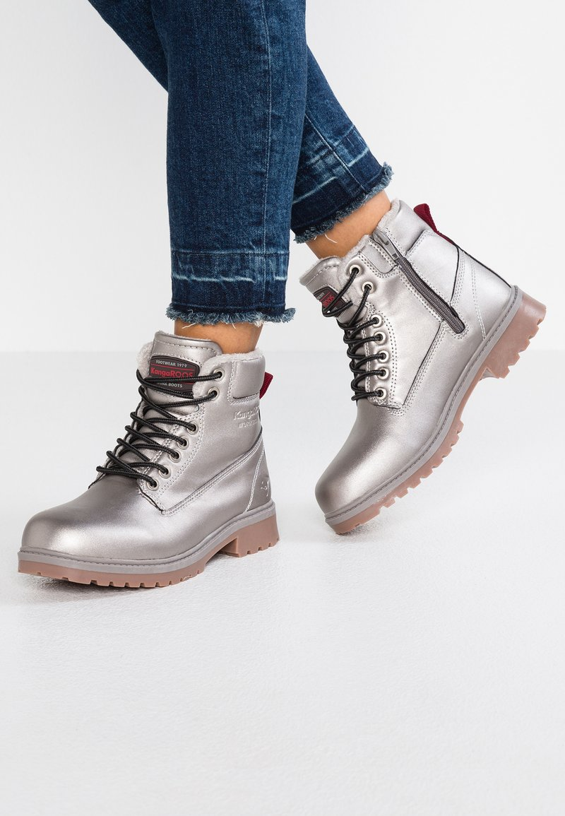 KangaROOS - RIVETER - Ankle boots - silver