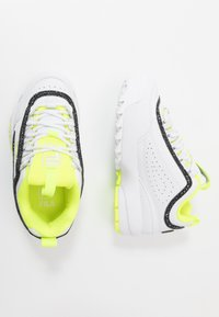 Fila - DISRUPTOR - Zapatillas - white/neon lime