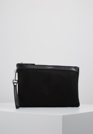 TRAVEL POUCH - Wash bag - black