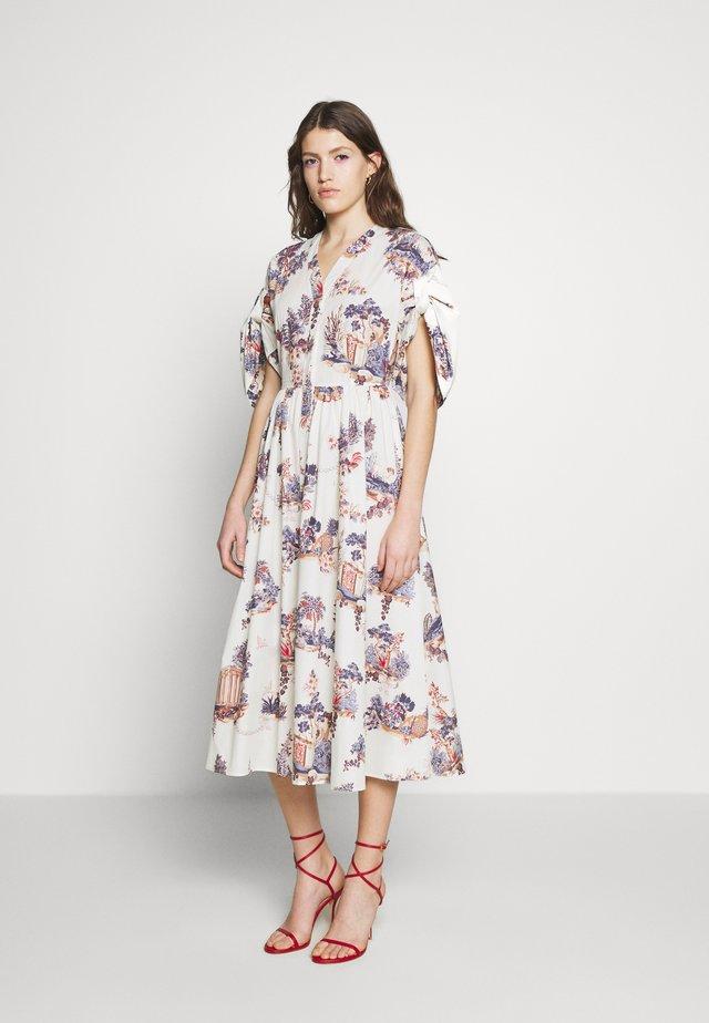 DRESS - Skjortekjole - fantasia fondo panna