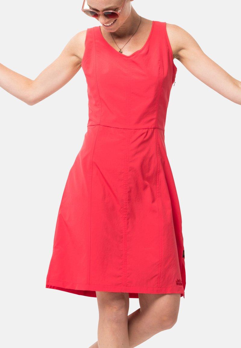 Jack Wolfskin - Sports dress - tulip red
