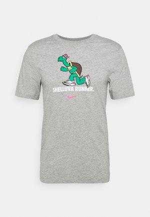 DRY TEE RUN - Print T-shirt - dark grey heather