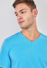 Next - Basic T-shirt - blue - 2