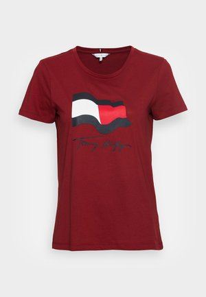 REGULAR MOTION FLAG TEE - Print T-shirt - regatta red