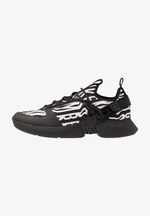 GREGG - Sneakersy niskie - black/white