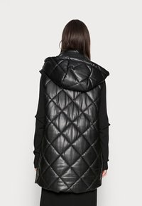 Liu Jo Jeans - GILET NAVETTA - Waistcoat - black - 2