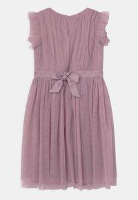 Anaya with love - PRINTED DRESS WITH BOW BACK - Cocktailkjole - keepsake lilac - 1