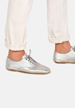 DERBIES SULLY F2G - Zapatos de vestir - silver
