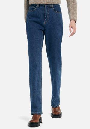 MIT UMSCHLAG - Straight leg jeans - blue denim