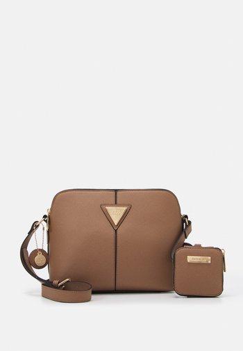 SET - Across body bag - beige dark
