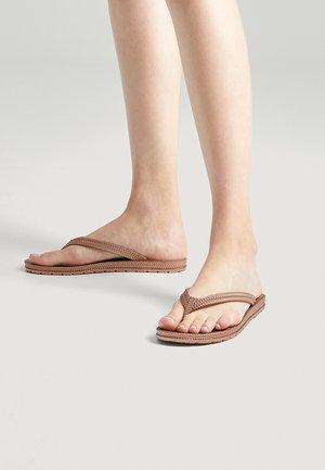 Sandály s odděleným palcem - rose