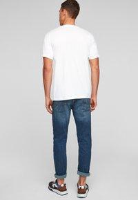 Q/S designed by - Basic T-shirt - white - 2