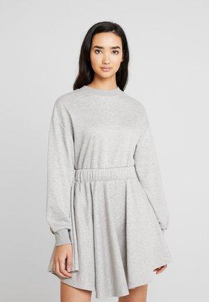 ELASTICATED WAIST MINI DRESS - Freizeitkleid - grey
