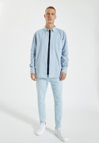 PULL&BEAR - Slim fit jeans - blue denim - 1
