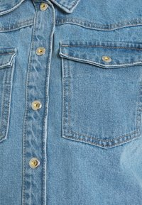 Pieces Maternity - PCMGRAY - Denim jacket - light blue denim - 2
