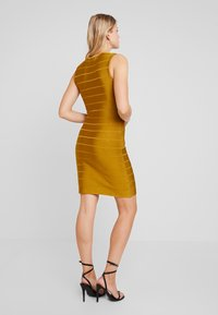 French Connection - ZASHA  - Shift dress - citronelle - 2