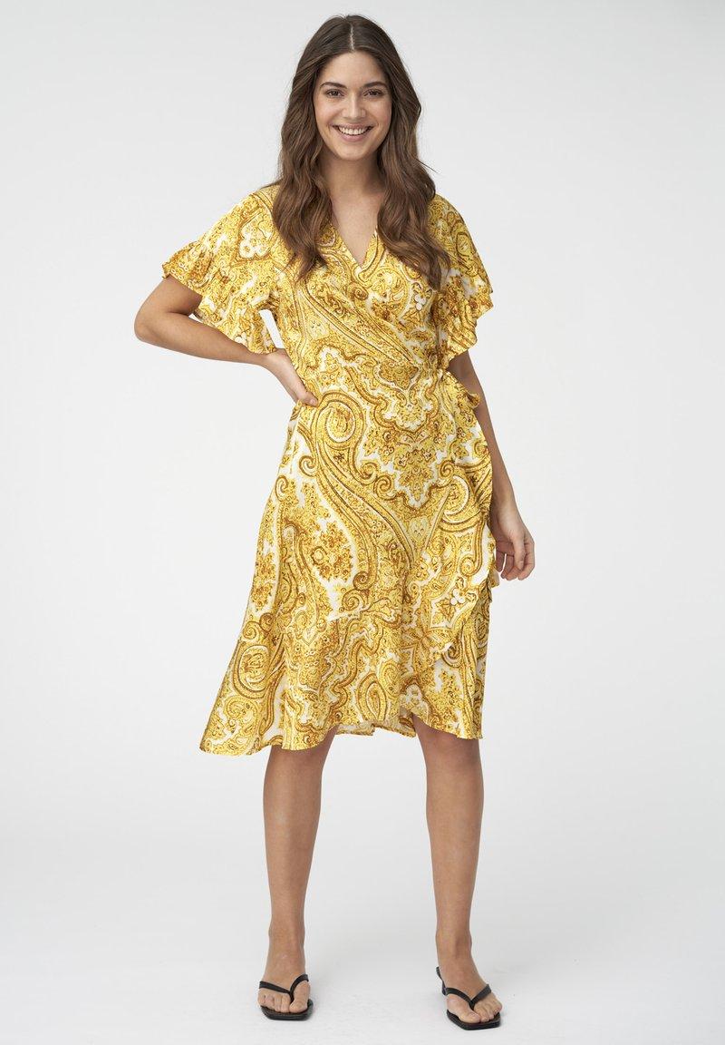 Dea Kudibal - AUDREY - Day dress - paisley yellow
