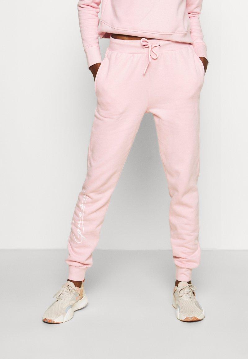 Guess - ALEXANDRA LONG PANT - Tracksuit bottoms - taffy light pink