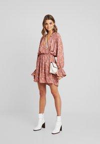 Missguided - PURPOSEFUL PLUNGE FRILL SLEEVES MINI DRESS - Day dress - blush - 1