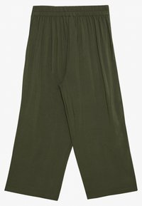 Vero Moda - VMSIMPLY EASY CULOTTE PANT - Trousers - ivy green - 1