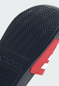 adidas Performance - ADILETTE SHOWER SLIDES - Badslippers - red - 8