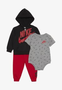 Nike Sportswear - TOSS PANT BABY SET - Body - university red - 3