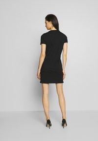 Versace Jeans Couture - LADY DRESS - Vestito estivo - black/gold - 2