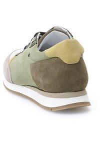 KUNOKA - KAY - Sneakers laag - green - 3
