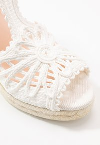LAB - High heeled sandals - blanco - 2