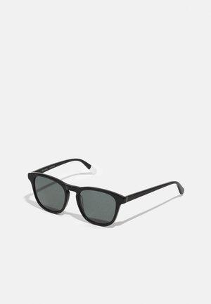 NYOTA - Sluneční brýle - black